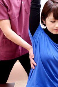 肩甲骨を整える骨盤調整